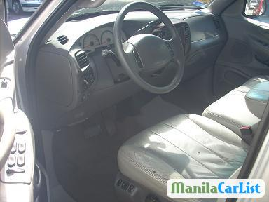 Ford Expedition Automatic 2000 in Metro Manila