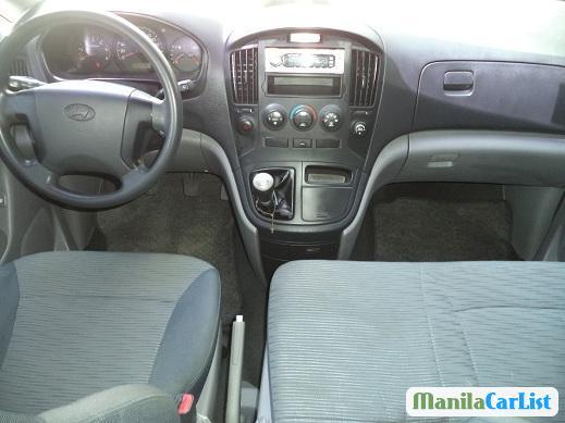 Hyundai Starex Manual 2012 - image 3