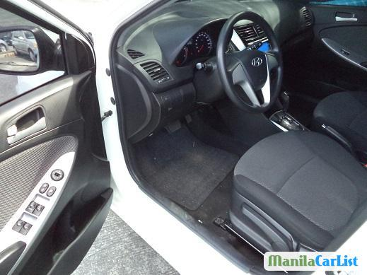 Hyundai Accent Automatic 2015 - image 3