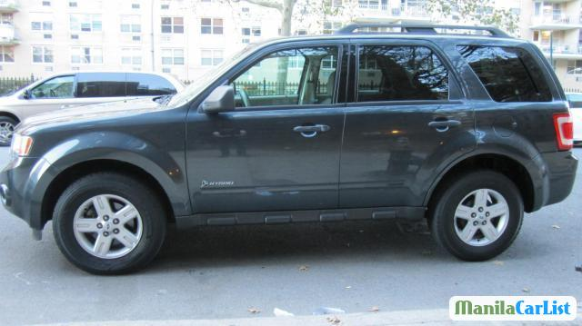 Pictures of Ford Escape Automatic 2009