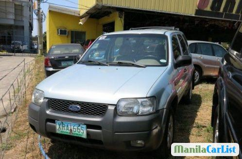 Pictures of Ford Escape 2004