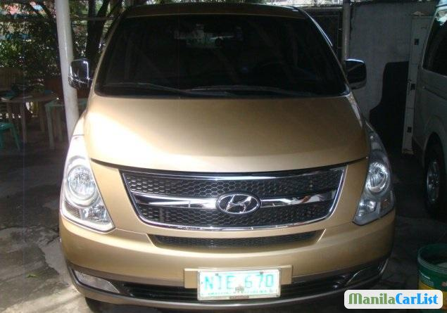 Pictures of Hyundai Starex 2009