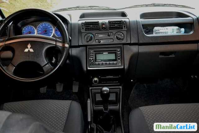Mitsubishi Adventure Manual 2011