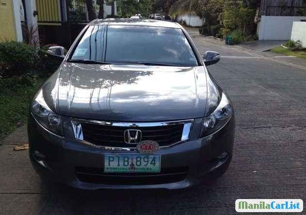 Pictures of Honda Accord Automatic 2010