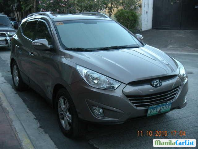 Pictures of Hyundai Tucson Automatic 2013