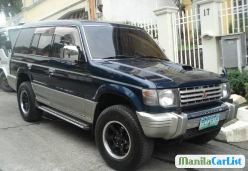 Pictures of Mitsubishi Pajero 2000