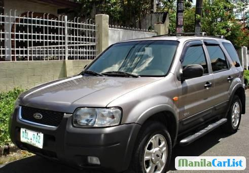 Pictures of Ford Escape 2003