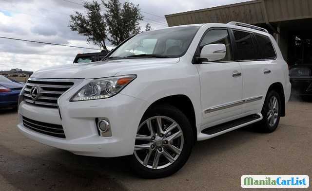 Picture of Lexus LX Automatic 2013