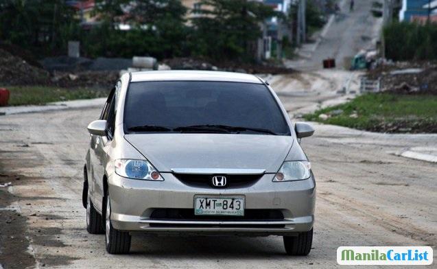 Honda City 2004 - image 1