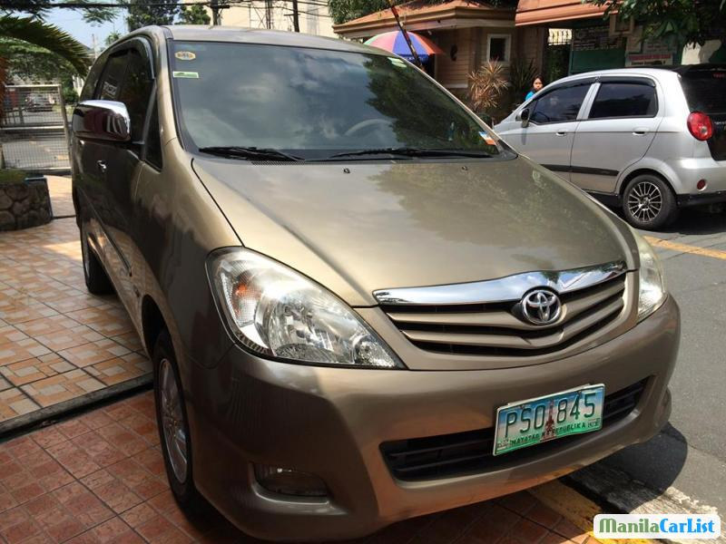 Pictures of Toyota Innova Automatic
