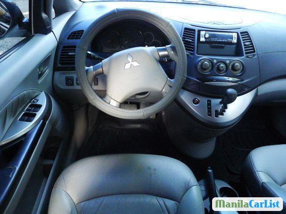 Mitsubishi Grandis Automatic 2005