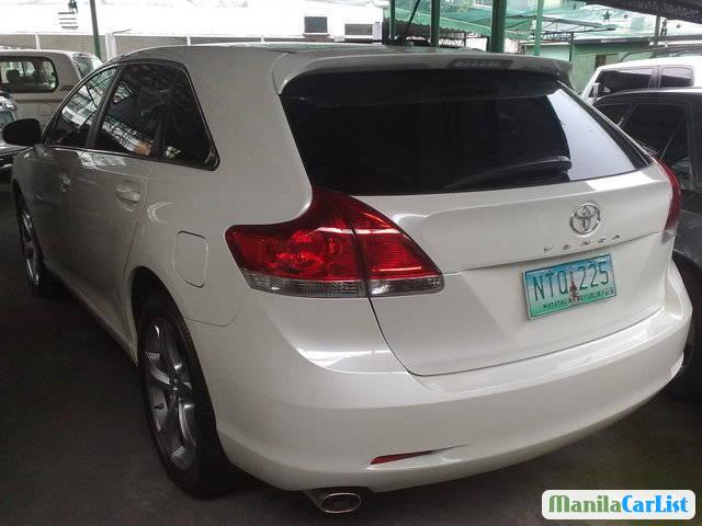 Toyota Venza Automatic 2010 in Bulacan