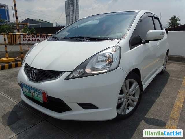 Pictures of Honda Jazz Automatic 2010
