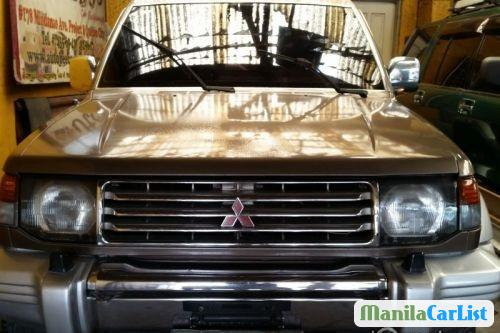 Pictures of Mitsubishi Pajero Manual 1998