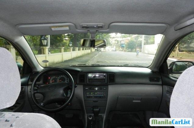 Toyota Corolla 2003 - image 3