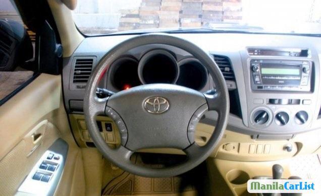 Toyota Hilux Manual 2011