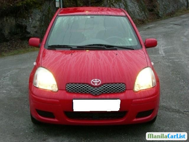 Pictures of Toyota Yaris Automatic 2003