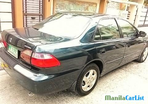 Pictures of Honda Accord Automatic 1999