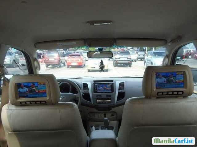 Toyota Fortuner Automatic 2009