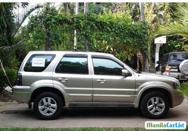 Pictures of Ford Escape Automatic 2007