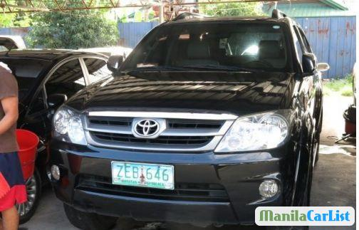 Pictures of Toyota Fortuner Automatic 2006