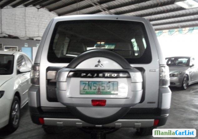 Mitsubishi Pajero 2008 - image 2