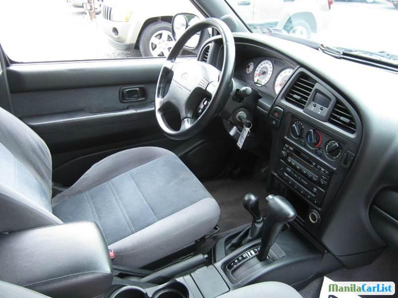 Nissan Pathfinder Automatic 2001 in Metro Manila