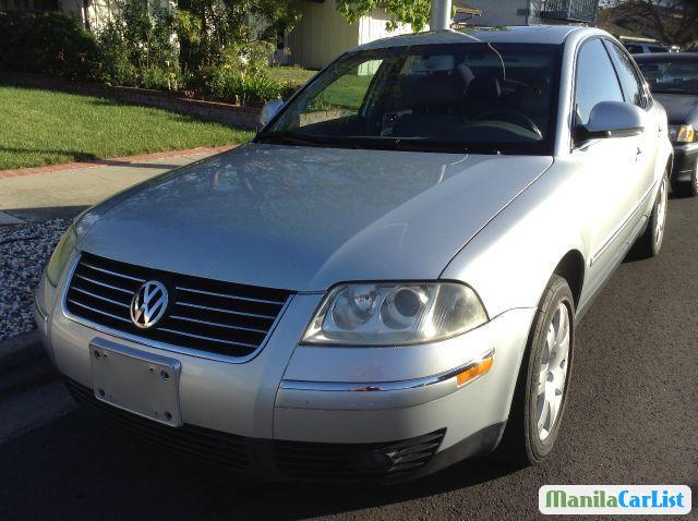 Pictures of Volkswagen Passat Automatic 2005