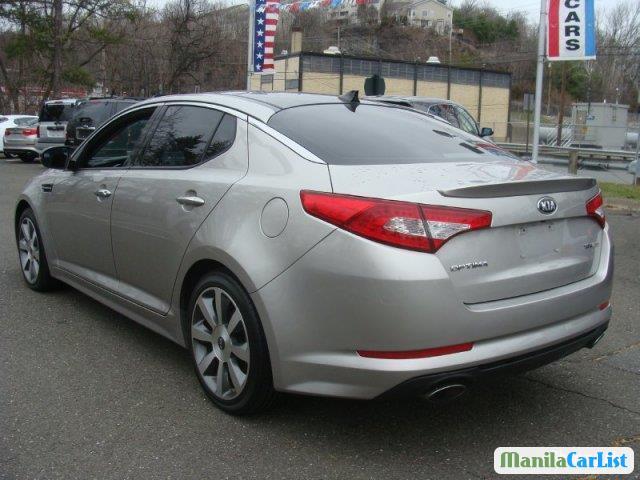 Kia Optima Automatic 2012 - image 3