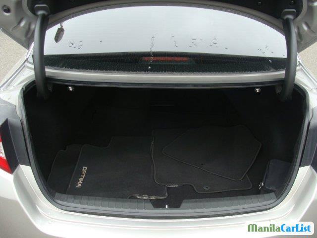 Kia Optima Automatic 2012 - image 7