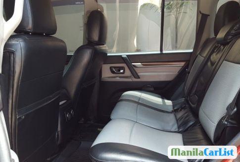 Mitsubishi Pajero Manual 2007 - image 4