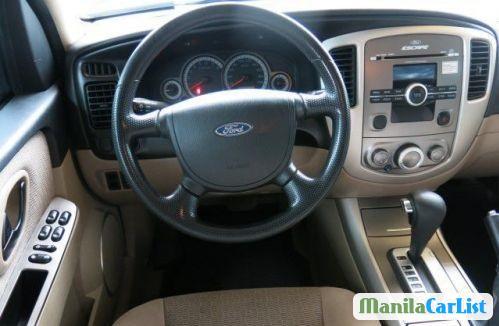 Ford Escape Automatic 2010 - image 2