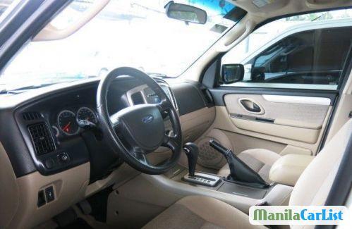 Ford Escape Automatic 2010 - image 3