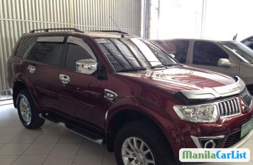 Pictures of Mitsubishi Montero Sport Automatic 2012