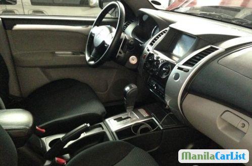 Mitsubishi Montero Sport Automatic 2012 - image 2