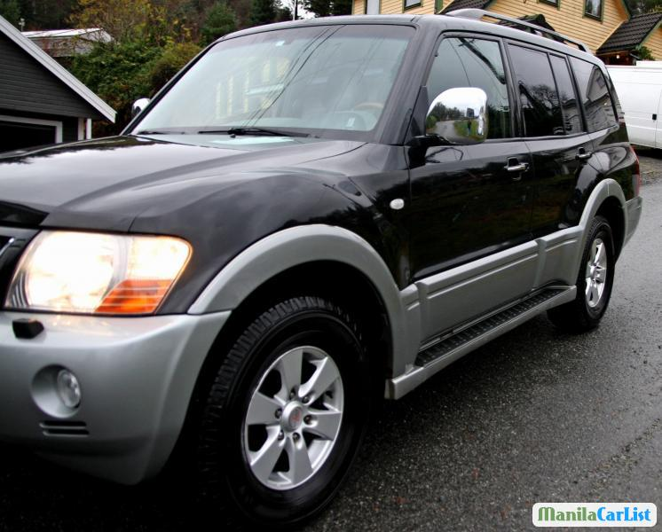 Picture of Mitsubishi Pajero Automatic 2003