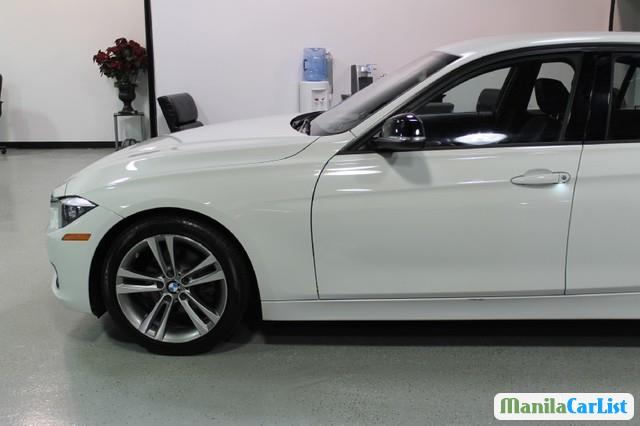 Pictures of BMW 3 Series Automatic 2012