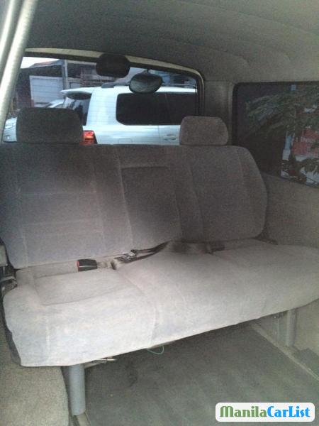 Toyota Hiace Manual 2000 in Metro Manila