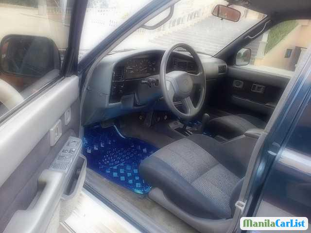 Picture of Toyota Hilux Manual 2007