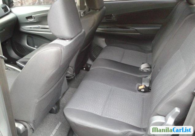 Toyota Avanza Automatic 2012 - image 3