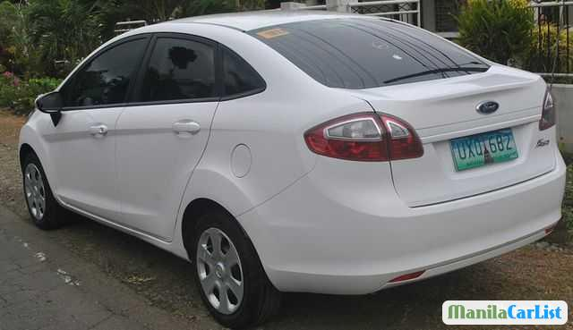 Ford Fiesta Automatic 2013