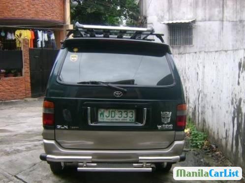 Toyota Revo 1998 - image 2