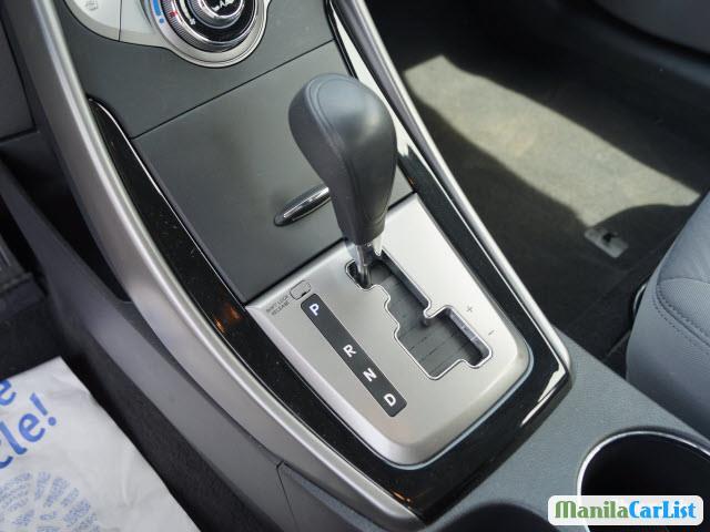 Hyundai Elantra Automatic 2013 - image 7