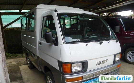 Pictures of Daihatsu Hijet 2013