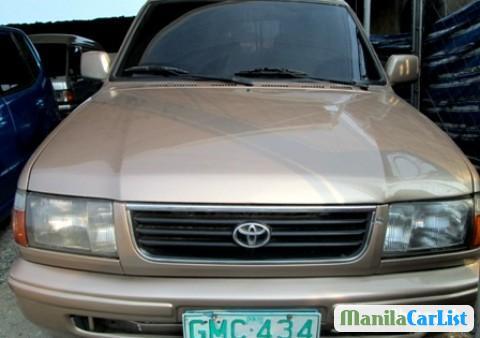 Pictures of Toyota Revo 2001