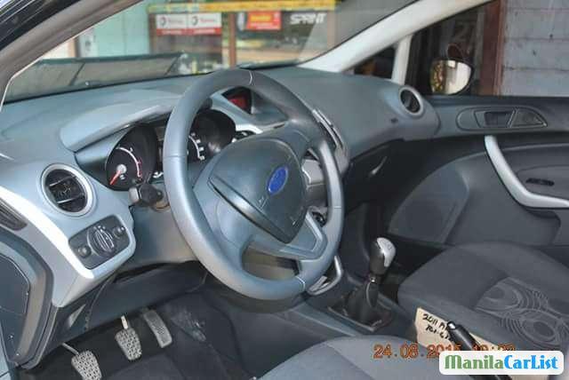 Ford Fiesta Manual 2011 - image 2