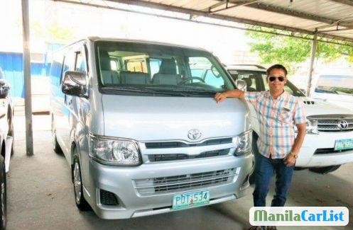 Picture of Toyota Hiace Manual 2011