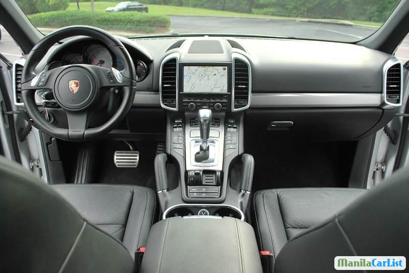 Picture of Porsche Cayenne Automatic 2011 in Philippines