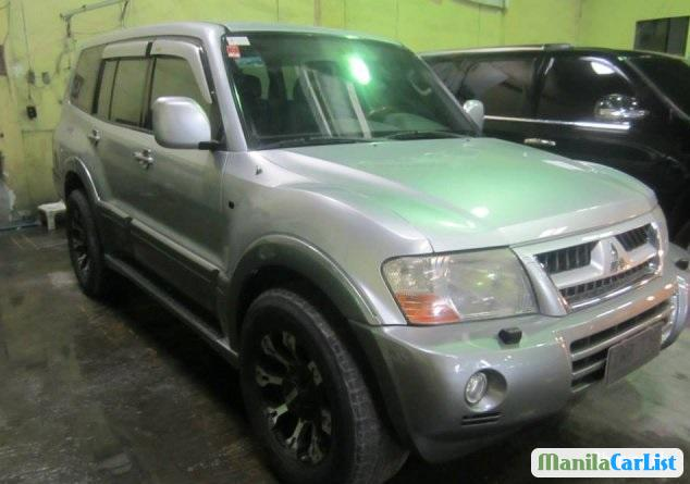 Pictures of Mitsubishi Pajero Automatic 2004