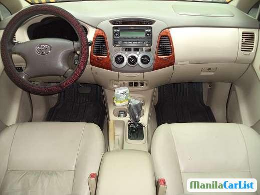 Toyota Innova Automatic 2008 - image 2